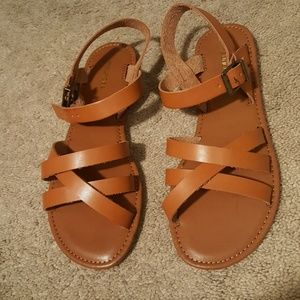 Maurices sandles